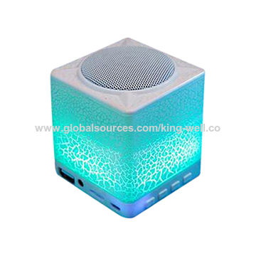 Customized Bluetooth Speakers with LED Light, Best Sound